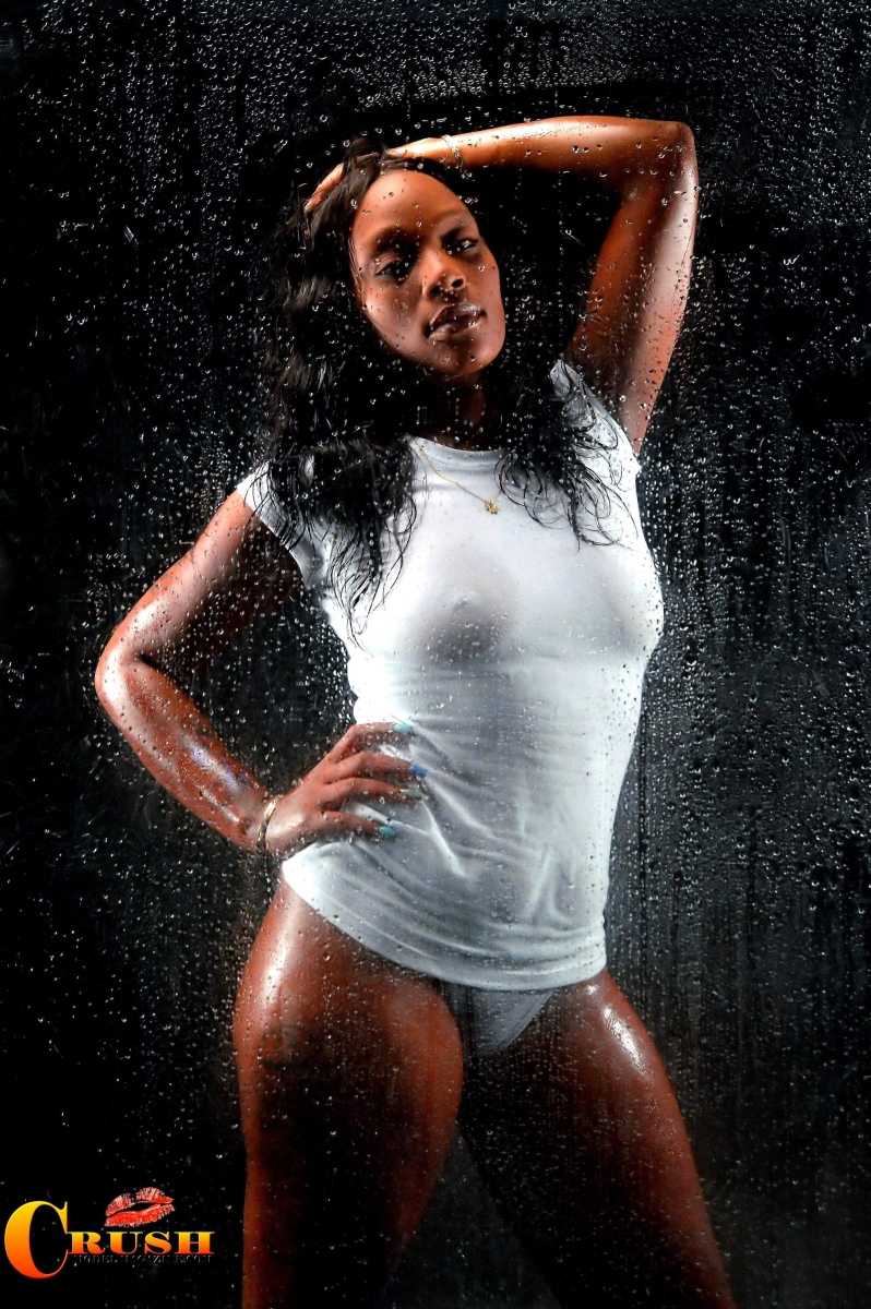 CRUSH PHOTOGRAPHY STUDIO PRESENTS: THE WET SHOOT